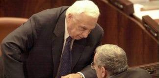 Ariel Sharon i Knesset. I februar 2001 ble han valgt som statsminister da Israel gjennomførte direkte valg på statsminister. (Foto: GPO)