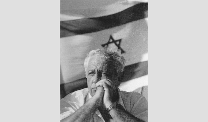 - Ikke en eneste soldat, ikke en eneste offiser, ikke en eneste israelsk politiker var involvert i den tragedien, påpekte Ariel Sharon om massakrene i Sabra og Shatilla i ettertid.
