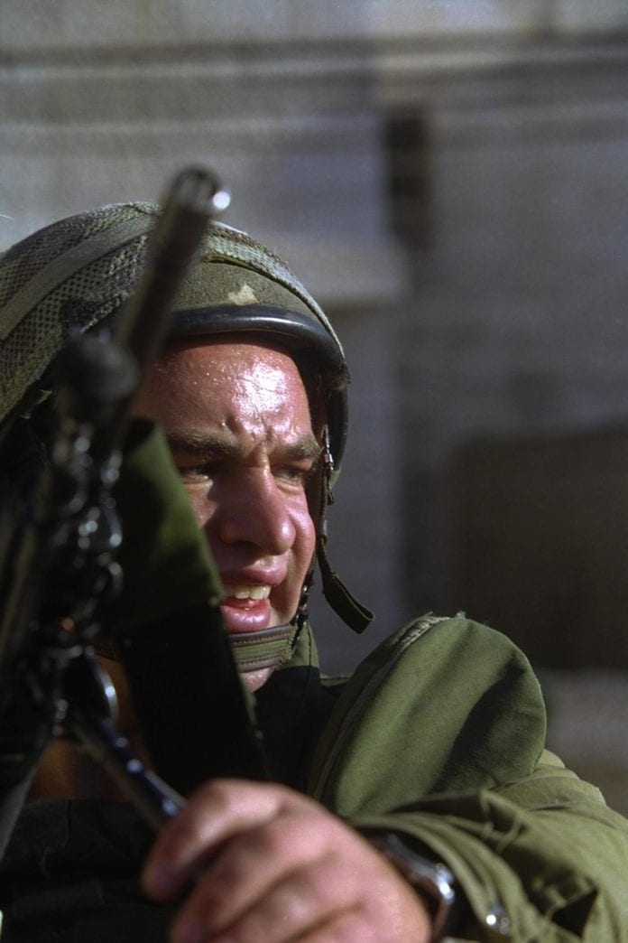 IDF-soldat under den andre intifadaen. (Illustrasjonsfoto: GPO)