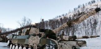 Norsk Leopard 2-stridsvogn bruker øvingsammunisjon fra Israel. (Foto: Soldatnytt)