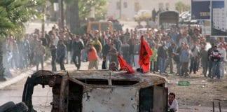Arkivbilde fra den andre intifadaens første år, 2000/2001. (Illustrasjonsfoto: GPO)