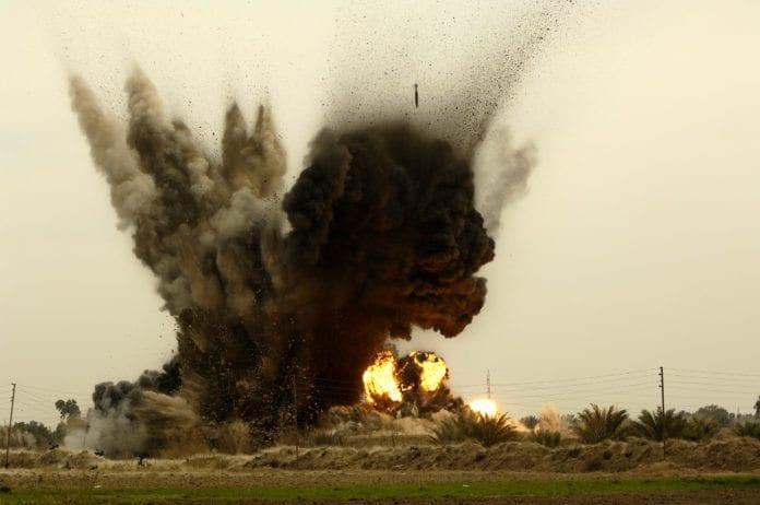 Bildet er fra et amerikansk luftangrep mot et mål i Nord-Irak i 2011. (Illustrasjon: Andy Dunaway, U.S. Air Force)