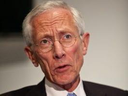 Sjef i Israels bank, Stanley Fischer, la onsdag fram 2011-rapporten om den israelske økonomien. (Eugene Salazar, IMF)