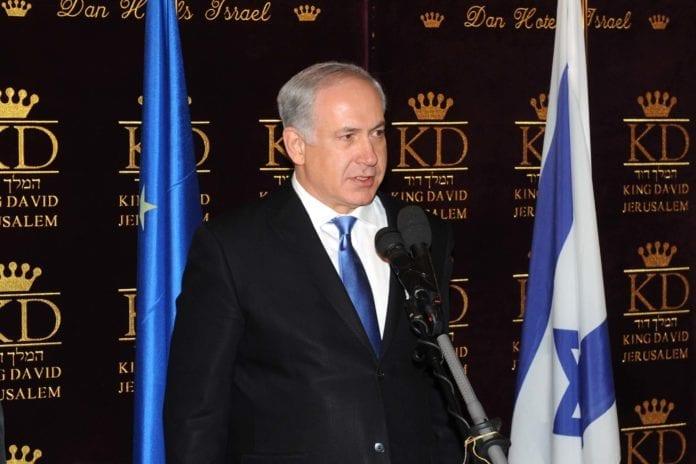 Benjamin Netanyahu tror trusselen om krig fra Israel, kan føre til at Iran snur i sin atomvåpenpolitikk. (Foto: GPO)