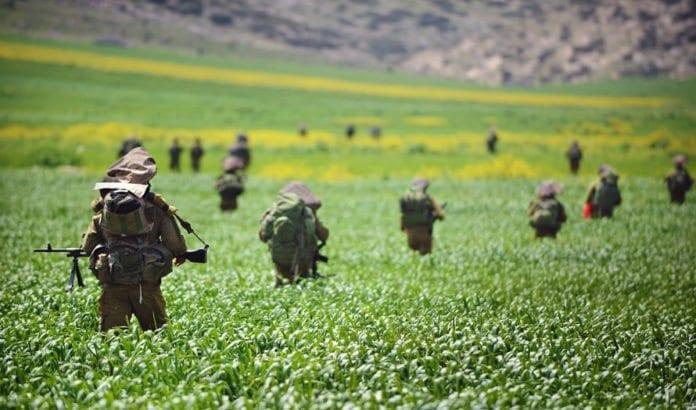 IDF-soldater på øvelse i Jordan-dalen. (Foto: IDF)