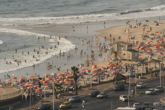 Aldri før har det vært flere turister i Israel i første kvartal av året, enn i 2012. (Illustrasjon: Gil Eilam)