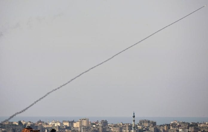 Rakett avfyrt fra Gaza-stripen inn mot Sør-Israel. (Illustrasjonsfoto: Amir Farshad Ebrahimi)