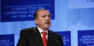 Statsminister Recep Tayyip Erdogan og hans regjering vil ikke tillate at Israel deltar på neste NATO-toppmøte i Chicago. (Foto: E.T. Studhalter, swiss-image.ch)