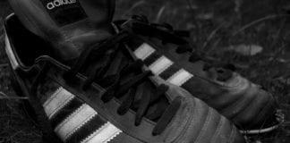 Adidas vil nå bli boikottet av de arabiske landene. (Illustrasjon: Anders Vindegg)