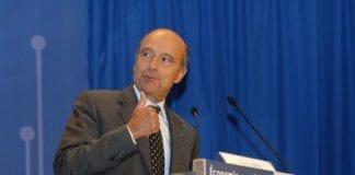 Utenriksminister Alain Juppe sier 500 observatører bør være tilstede i Syria. (Foto: Nathalie Kosciusko-Morizet)