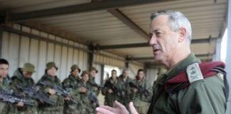 Israels forsvarssjef Benny Gantz (t.h.) har tro på at Iran kan snu når det gjelder sitt atomvåpenprogram. (Foto: IDF)