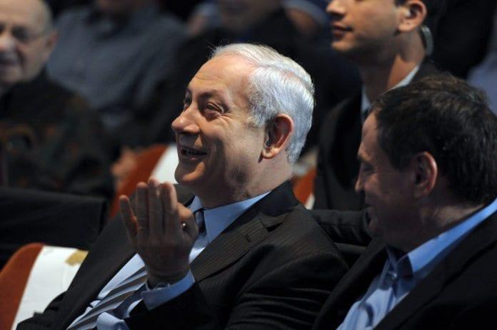 Netanyahu (t.v.) ønsker å samarbeide med hvilken som helst president i Egypt. (Foto: GPO)