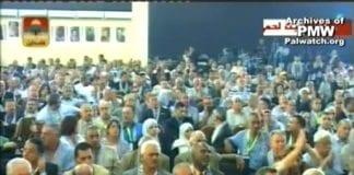 """Tidligere PA-statsminister Ahmed Qureia gir """"all ære"""" til Dalal Mughrabi, kvinnen som i 1978 ledet terrorcellen som drepte 37 sivile israelere. (Skjermdump fra PA TV 4. august 2009)"""