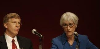 USAs energiminister Daniel Bruce Poneman (f.v.) og viseutenriksminister for politiske saker Wendy Sherman. Sistnevnte reiser på statsbesøk til Israel fredag. (Foto: flickr.com)