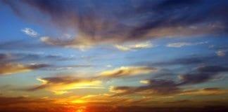 Solnedgang i Middelhavet utenfor Herzliya i Israel. (Foto: Ron Almog, flickr.com)