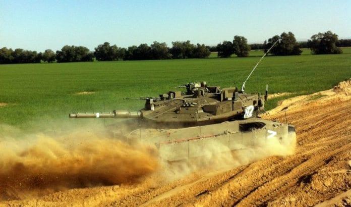En stridsvogn fra Armored Corps 401st Brigade i grenseområdet mot Gaza. (Illustrasjonsfoto: IDF)