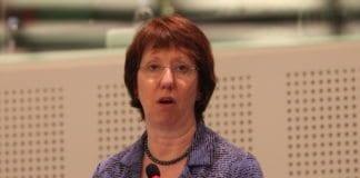 EUs utenriksminister Catherine Ashton (bildet) skal mandag møte den iranske sjefsforhandleren Saeed Jalili, for å drøfte veien videre i atomforhandlingene. (Foto: ALDE)