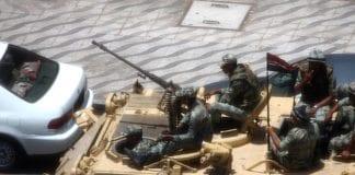 Egyptiske soldater på et pansret personellkjøretøy. (Illustrasjonsfoto: Aschevogel, flickr.com)