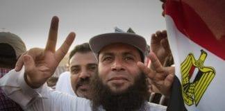 Egypts president Mohammed Morsi under demonstrasjonene på Tahrir-plassen i fjor. (Foto: Bora S. Kamel)