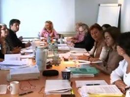 Skjermdump fra videostream av møtet i Pressens Faglige Utvalg 19. juni 2012. (Kilde: Journalisten.no)