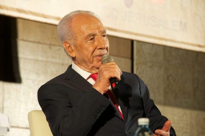 Israels president Shimon Peres møter kritikk for sin motstand mot et preventivt Iran-angrep. (Foto: flickr.com)