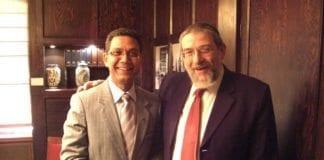 Michael Melchior (f.h.) sammen med SV-politiker Akhtar Chaudhry. (Foto: Audun Lysbakkens flickr-konto)