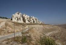 Utkanten av Israels tredje største bosetningsblokk, Ma'ale Adumim, som ligger i nærheten av Jerusalem. (Foto: Decode Jerusalem)