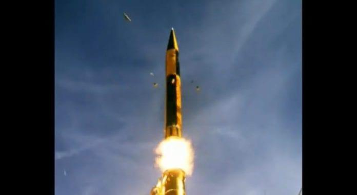 Tidligere prøveoppskytning av Arrow-3. (Foto: Skjermdump fra YouTube-klipp fra IsraelMoDonline)