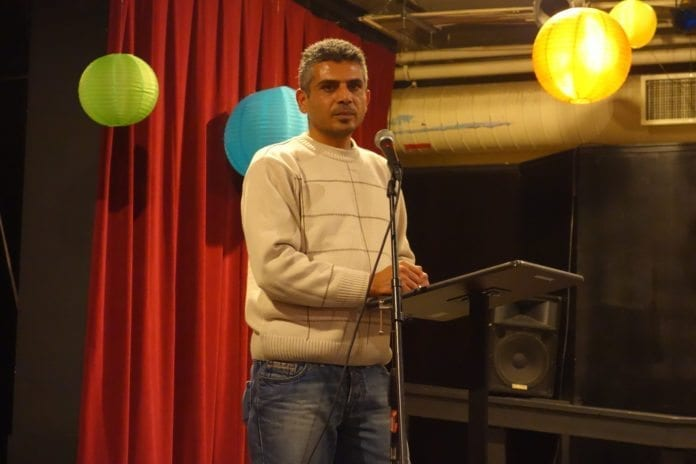 Den omstridte regissøren Iyat Burnat presenterer den Oscar-nominerte israelsk-palestinske dokumentaren