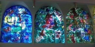 Glassmaleriene til Marc Zaharovich Chagall i Hadassah-sykehuset i Jerusalem. (Foto: Privat)