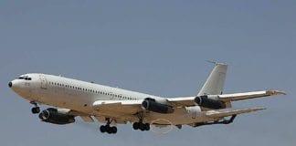 Rakettforsvarssystemet C-Music er markert med en sirkel bak på denne Boeing 707-maskinen. Under demonstrasjoner har systemet vist seg å være svært effektivt i bruk mot skulderavfyrte bakke-til-luft missiler, skriver Teknisk Ukeblad. (Foto: Elbit Systems El-Op)