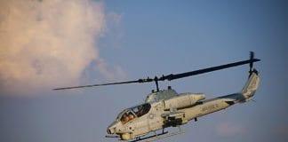 Et liknende Cobra-helikopter styrtet i Israel natt til tirsdag og tok livet av begge pilotene ombord. (Foto: Dan Burke, flickr.com)