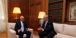Israels statsminister Benjamin Netanyahu (f.h.), under et statsbesøk i Hellas for tre år siden. Her sitter han i møter med sin tidligere kollega George Papandreou. (Foto: Statsministerens kontor i Hellas, flickr.com)