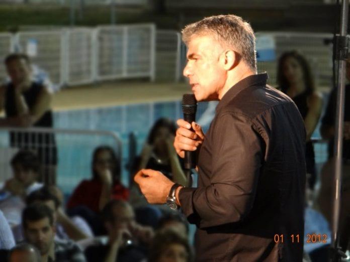 Yair Lapid, Israels finansminister og partileder for Yesh Atid. (Foto: Yair Lapid, Facebook.com)