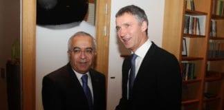 PAs statsminister Salam Fayyad (f.v.) og hans norske kollega Jens Stoltenberg (Foto: Statsministerens kontor, Norge)