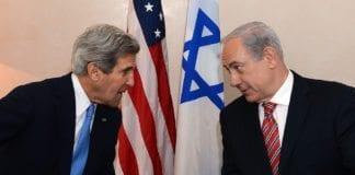 USAs utenriksminister John Kerry (f.v.) og Israels statsminister Benjamin Netanyahu den 9. april, under førstnevntes statsbesøk i Israel. (Foto: Den amerikanske ambassaden i Tel Aviv)