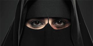 Reklameplakat mot kvinnevold (Foto: King Khalid Foundation)