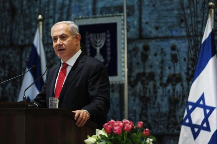 Statsminister Benjamin Netanyahu er fornøyd med, men skeptisk til, Den arabiske ligas justerte fredsinitiativ. (Foto: Benjamin Netanyahu - בנימין נתניהו, Facebook.com)