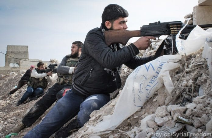 Syriske opprørsstyrker (Foto: FreedomHouse, flickr.com)
