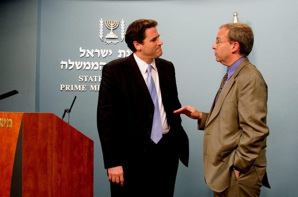 Israels nye USA-ambassadør Ron Dermer (f.v.) og J Street-leder Jeremy Ben-Ami. (Foto: J Street Education Fund, flickr.com)