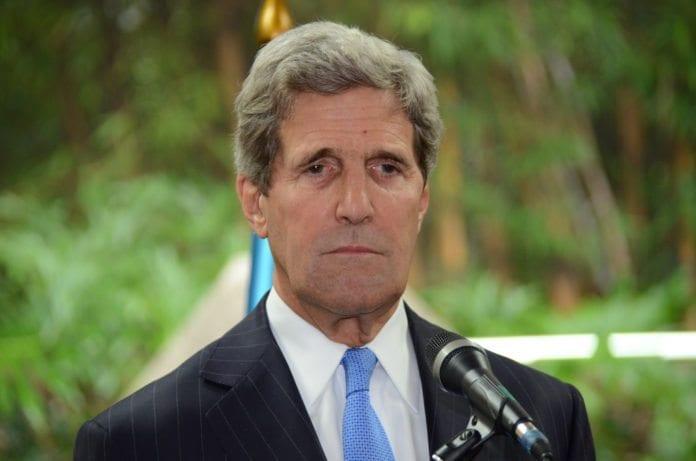 USAs utenriksminister John Kerry på statsbesøk i Guatemala. (Foto: MINEX GUATEMALA, flickr.com)