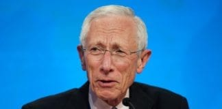Israels avtroppende sentralbanksjef Stanley Fischer. (Foto: Cliff Owen, IMF Photo)