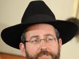 Israels ashkenazi-jøders nye sjefsrabbiner, David Baruch Lau. (Foto: Wikipedia)
