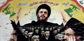 Hizbollah-leder Hassan Nasrallah og militssoldater på en reklameposter i Libanon. (Illustrasjon: pixelwhippersnapper, flickr.com)