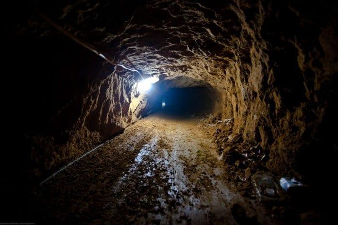 En godt utviklet smuglertunnel på grensen mellom Egypt og Gaza-stripen. Bildet er publisert i 2009. (Foto: Marius Arnesen, flickr.com)
