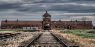 Konsentrasjonsleiren Auschwitz i dagens Polen (Foto: Clark & Kim Kays, flickr.com)