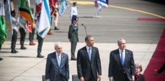 Israels president Shimon Peres (t.v.), statsminister Benjamin Netanyahu (t.h.) og USAs president Barack Obama da sistnevnte var på statsbesøk i Israel i mars 2013. (Foto: The Israel Project, flickr.com)