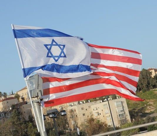 Israelsk og amerikansk flagg (Illustrasjon: zeevveez, flickr.com)