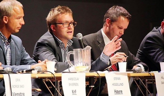 Fra venstre: Hans Olav Syversen (Krf), Stefan Heggelund (H) og Pål Arne Davidsen (Frp) i debatten 27. august 2013. (Foto: Atle Hansen, MIFF)