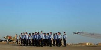 Nyutdannede piloter på avslutningsseremonien for flyskolen i juni 2013. (Illustrasjonsfoto: IDF)